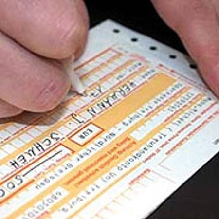 Luxprivat: Zocken unsere Banken bald ältere Menschen ab?
